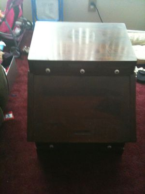 Small desk n tea cart for Sale in Riverton, NJ