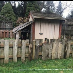 Free Large Dog House Insulated for Sale in Everett, WA
