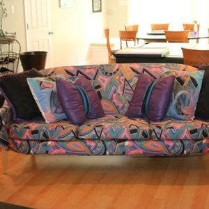 Contemporary couch for Sale in Chesterfield, MO