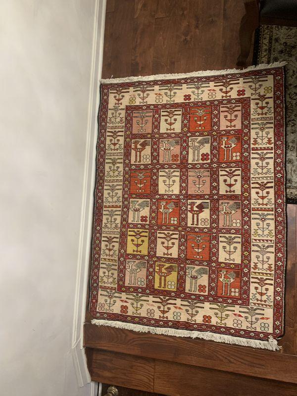 Vintage Soumak Rug. Rug silk and wool area rug