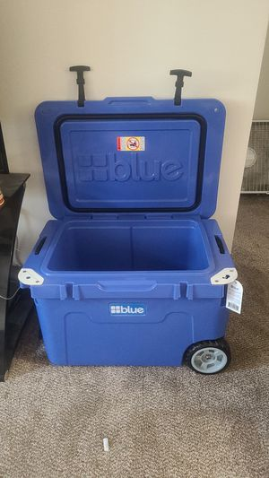 Brand new blue brand cooler beat a 10 day ice hold also bear proof for Sale in Anchorage, AK
