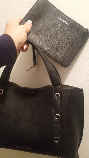 Black Calvin Klein Purse and Wallet for Sale in Maywood, IL