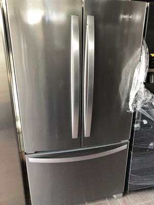 Whirlpool water and ice maker built inside for Sale in South Gate, CA