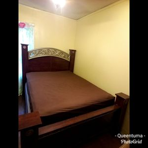 Queen size wooden bed frame without mattress and spring box for Sale in Dearborn, MI
