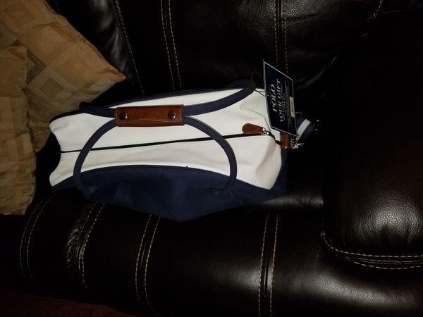 Travel bag/duffle bag/gym bag