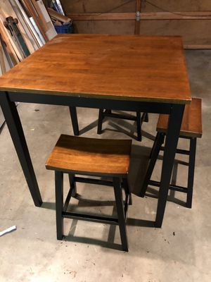 Small kitchen table for Sale in Kirkland, WA