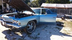 1972 Chevy Impala glass top clean title for Sale in Miami, FL
