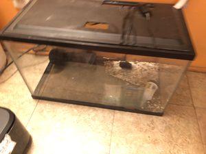 Fish aquarium tank 5 gallons for Sale in Hammond, IN