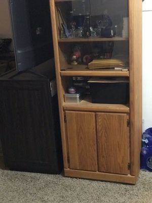 Cabinet wood & glass doors great condition!! for Sale in North Royalton, OH