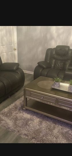 650$ Black Leather Couches for Sale in St. Louis,  MO