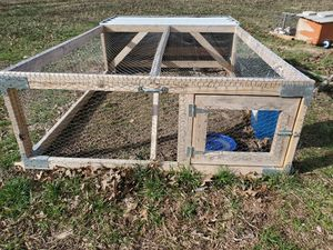 6ft. by 10 ft.movable chicken range pen. for Sale in Clarksville, TN