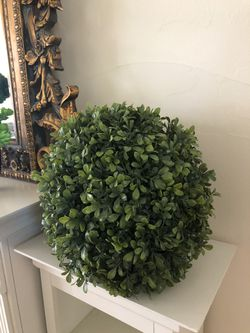 West elm Large 15 inch hanging topiary for Sale in Wilmette,  IL