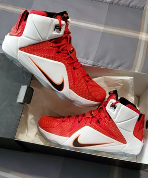 Nike Lebron 12 Lionheart for Sale in Miami, FL