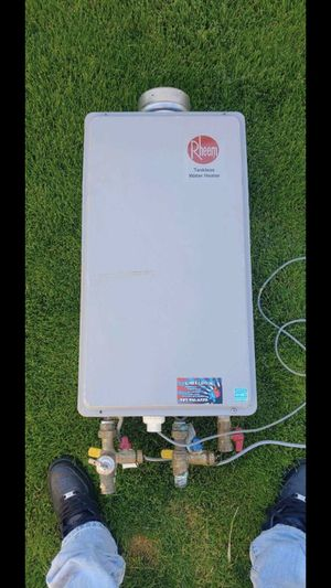 Rheem tankless water heater for Sale in Commerce City, CO