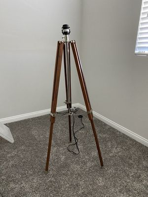 Modern tripod floor lamp - adjustable for Sale in Las Vegas, NV