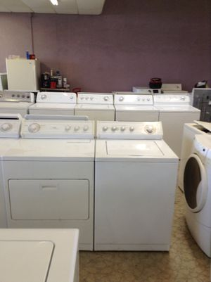 Whirlpool extra large capacity heavy-duty washer and dryer matching set works perfect free warranty for Sale in Orlando, FL