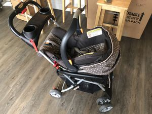 Chicco car seat with stroller for Sale in Land O Lakes, FL