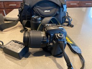 Nikon d80 camera kit .2 lenses . Used Great working conditions. for Sale in Federal Way, WA