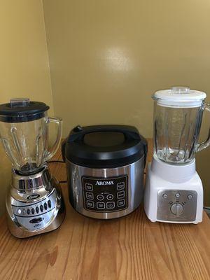 Blender's / rice cooker for Sale in Sterling, VA