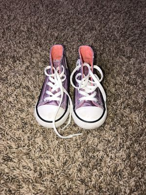 Toddler Girl converse size 7 for Sale in Plainfield, IL