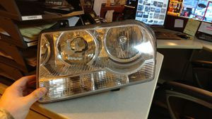 Chrysler 300 05-10 drivers headlight for Sale in Columbus, OH