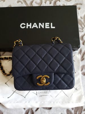 Chanel Mini Square Crossbody Bag for Sale in Lakewood, CA