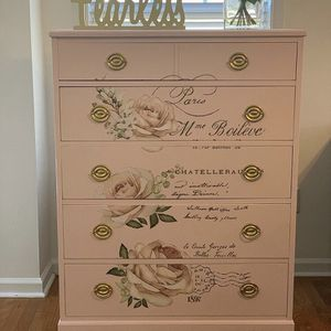 Vintage Wood Dresser for Sale in Austell, GA