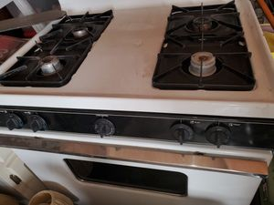 Kenmore stove top/oven for Sale in West Covina, CA