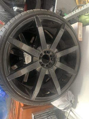 Used 22 inch black rims 5 lug universal for Sale in Arlington, TX