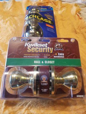 KWIKSET Hall & Closet Door Knob Set for Sale in Franklin Township, NJ