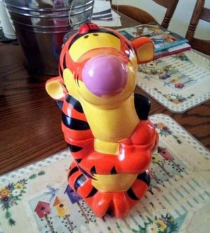 Disney Tigger Winnie The Pooh Cookie Jar for Sale in Fresno, CA