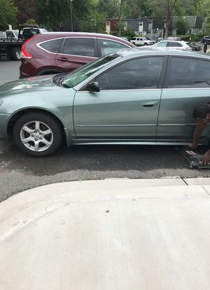 2005 Nissan Altima /salvage title for Sale in Rockville, MD
