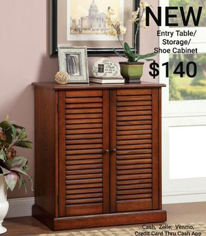 """30"""" Entry Table / Shoe Rack with 2 Louver Design Doors for Sale in Ontario, CA"""