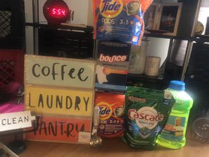 Laundry/Decor & cleaning bundle for Sale in Columbus, OH