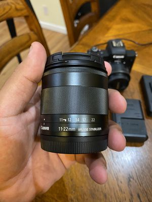Canon 11-22 lens for Sale in Cypress, CA