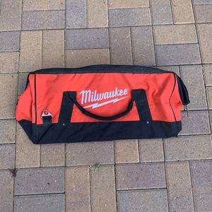 "Large Milwaukee 22"" Heavy Duty Canvas Contractors Tool Bag for Sale in Phoenix, AZ"