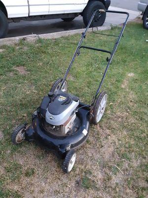 Lawn mower runs great for Sale in Riverside, CA