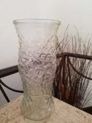 Vintage EO Brody clear crinkle glass vase for Sale in St. Louis, MO