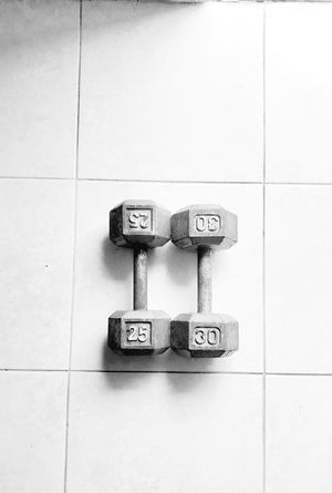 HEX DUMBBELLS $1 DOLLAR FOR A POUND for Sale in Tampa, FL