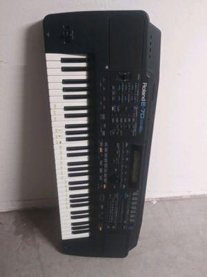 Roland E-70 Intelligent Syntheziser 61-Key Keyboard for Sale in Goodyear, AZ