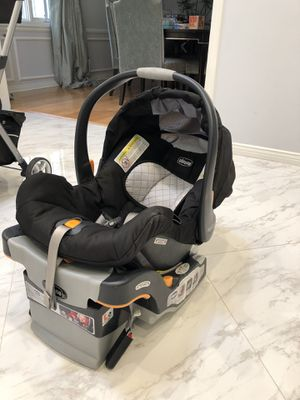 Chicco KeyFit 30 Infant Car Seat for Sale in Los Angeles, CA