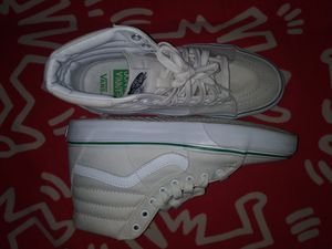 Vans jon and vinny SAMPLE SHOE for Sale in Los Angeles, CA
