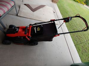 Black and Decker cordless electric lawn Mower for Sale in Mesa, AZ
