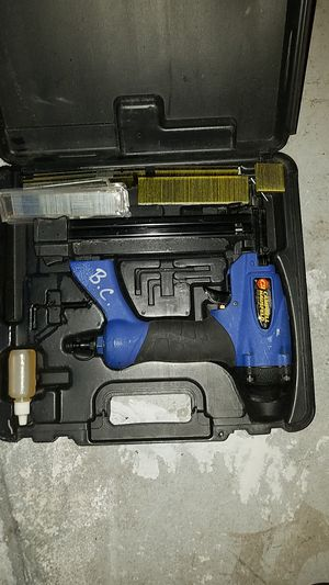 Campbell Hausfeld three-in-one Brad stapler nail gun. Barely Used for Sale in Odessa, FL