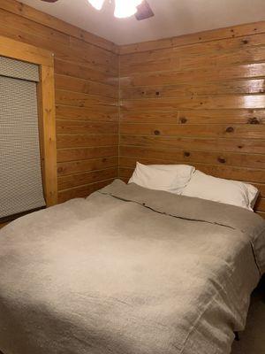 Queen bed for Sale in Laurens, SC