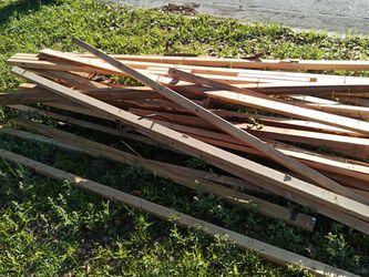 Free Wood for Sale in Belle Isle,  FL