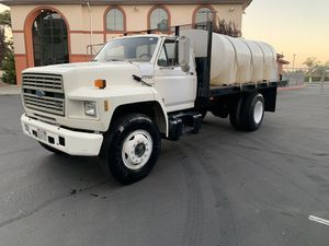 1992 Ford F-700 GASOLINE MOTOR WATER TANK TRUCK for Sale in Union City, CA