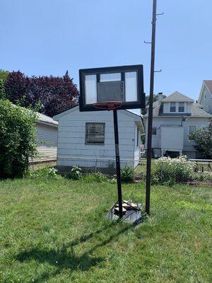 Rbk basketball hoop 7/21/19 come get it for Sale in Secaucus, NJ