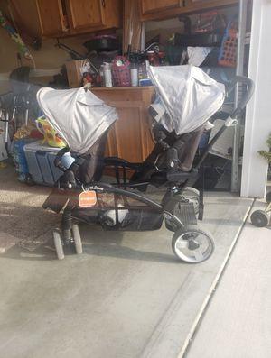 Twin stroller for Sale in Orondo, WA