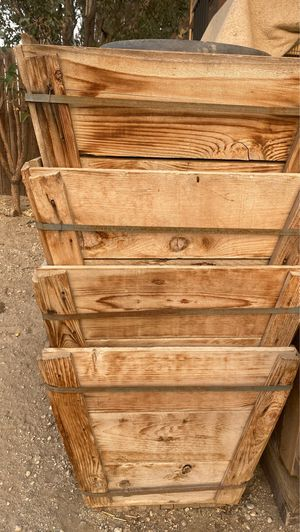 4 Planters for Sale in Fontana, CA